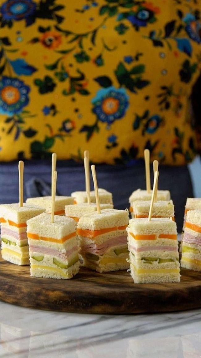 Cold pie on a stick is one of the healthiest foods for birthday parties.
