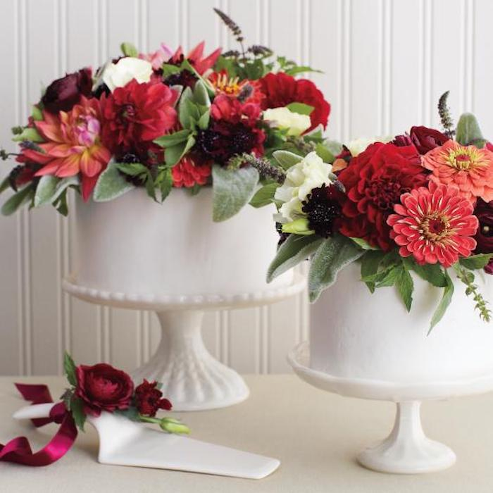 Cakes decorated with real flowers.