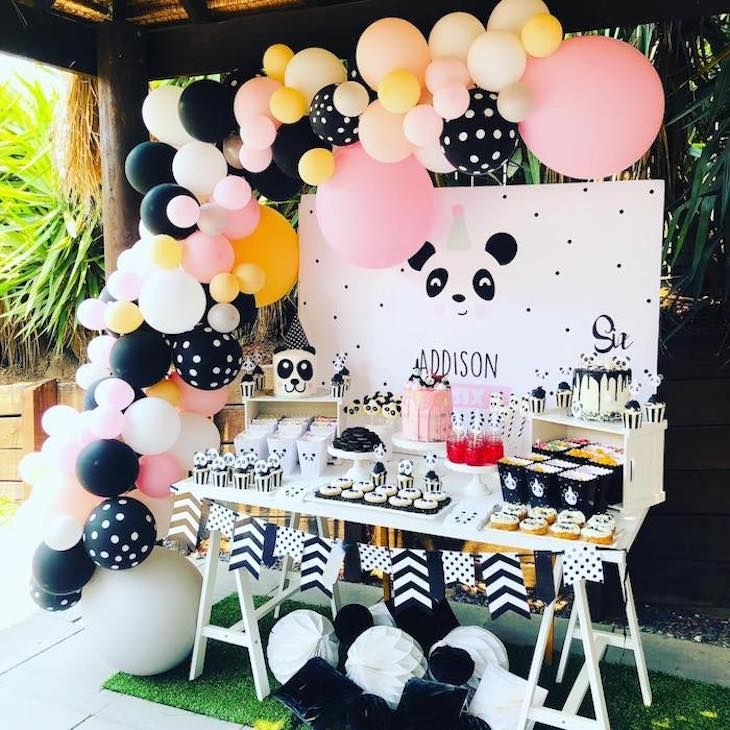 Panda themed party
