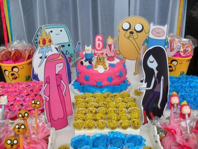 Adventure Time theme party decoration.
