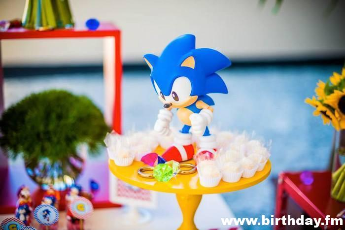 Sonic Themed Party