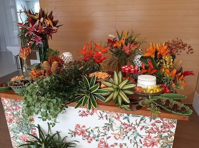 Colorful and exuberant tropical party for women who love nature