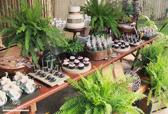 How about using ferns to decorate the main table?