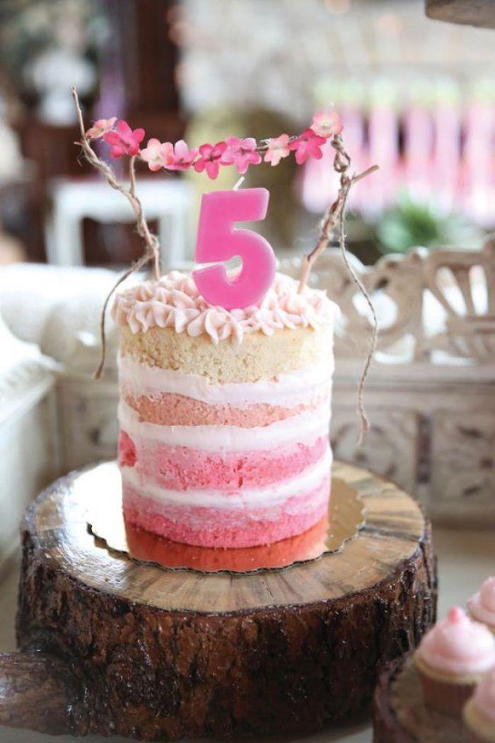 Naked romantic cake