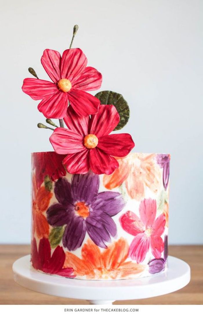 This amazing floral cake looks like it was hand painted