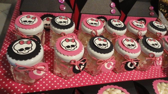 jars-with-candy-monster-high