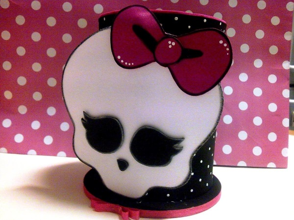 package-with-10-candy-holder-monster-high-13913-MLB3269283781_102012-F
