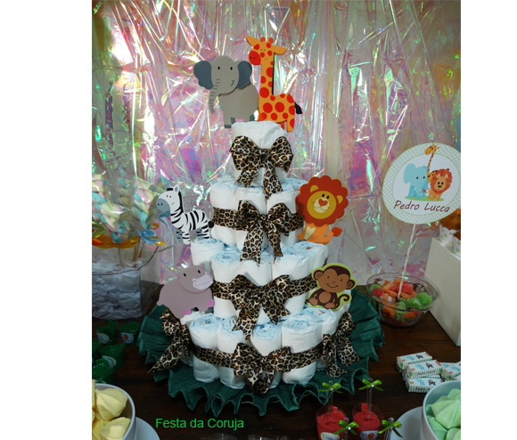 safari-diaper-cake-safari-diaper-cake
