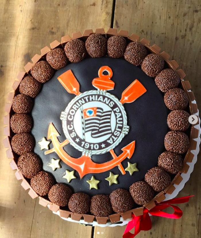 Timon cake with brigadeiros