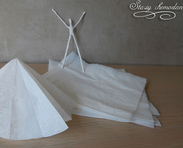 Wire-ballerina-and-paper-step-4