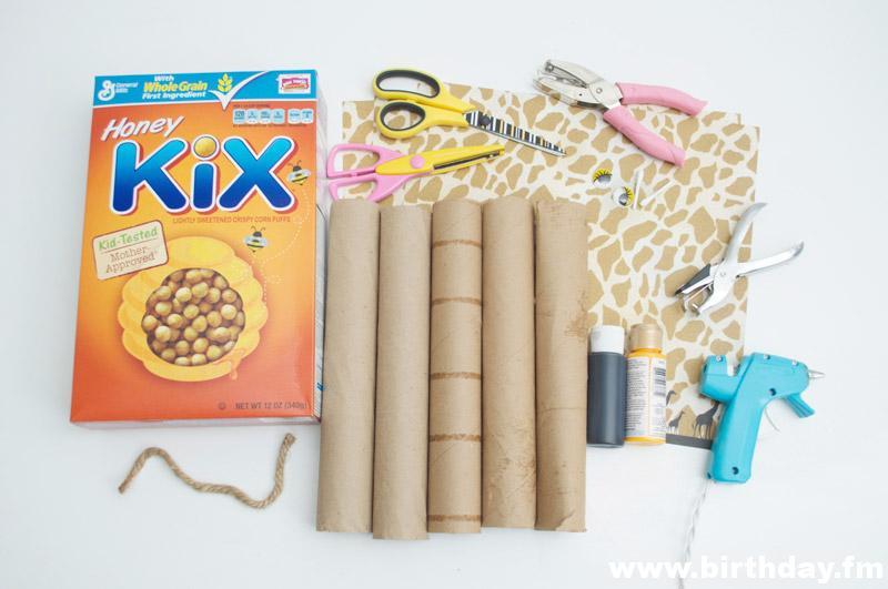how-to-make-ornament-table-birthday-child-theme-zoological-safari-giraffe-cupcake-2